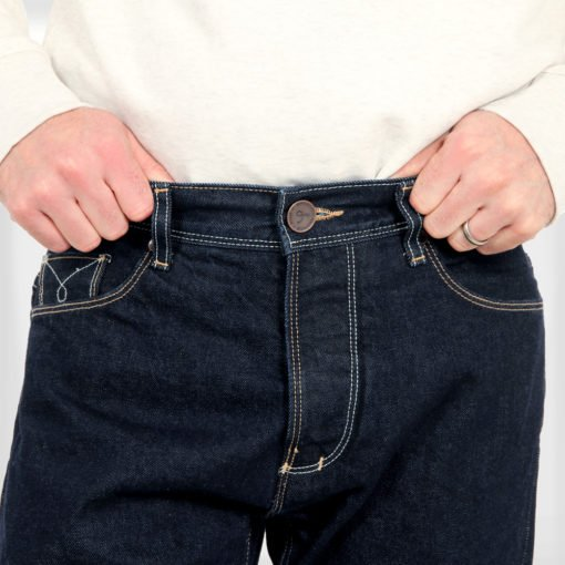 DLOOP-Jeans-79-Comfort-Straight-Gallery-Image-3