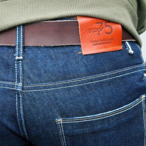DLOOP-Jeans-75-Comfort-Slim-Gallery-Image-4
